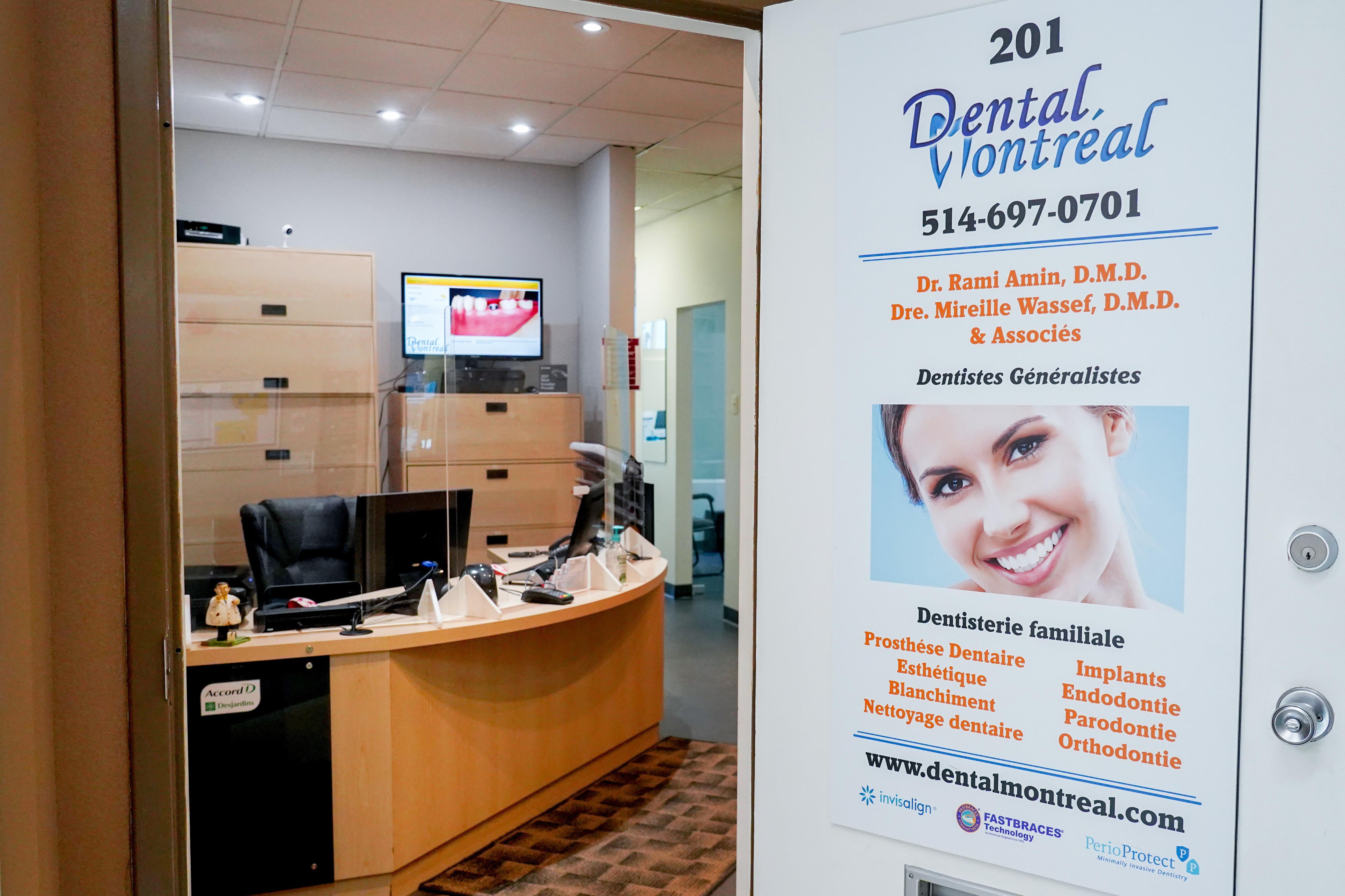 Notre Bureau a Pointe Claire Plazza Our office in Pointe Claire Plazza