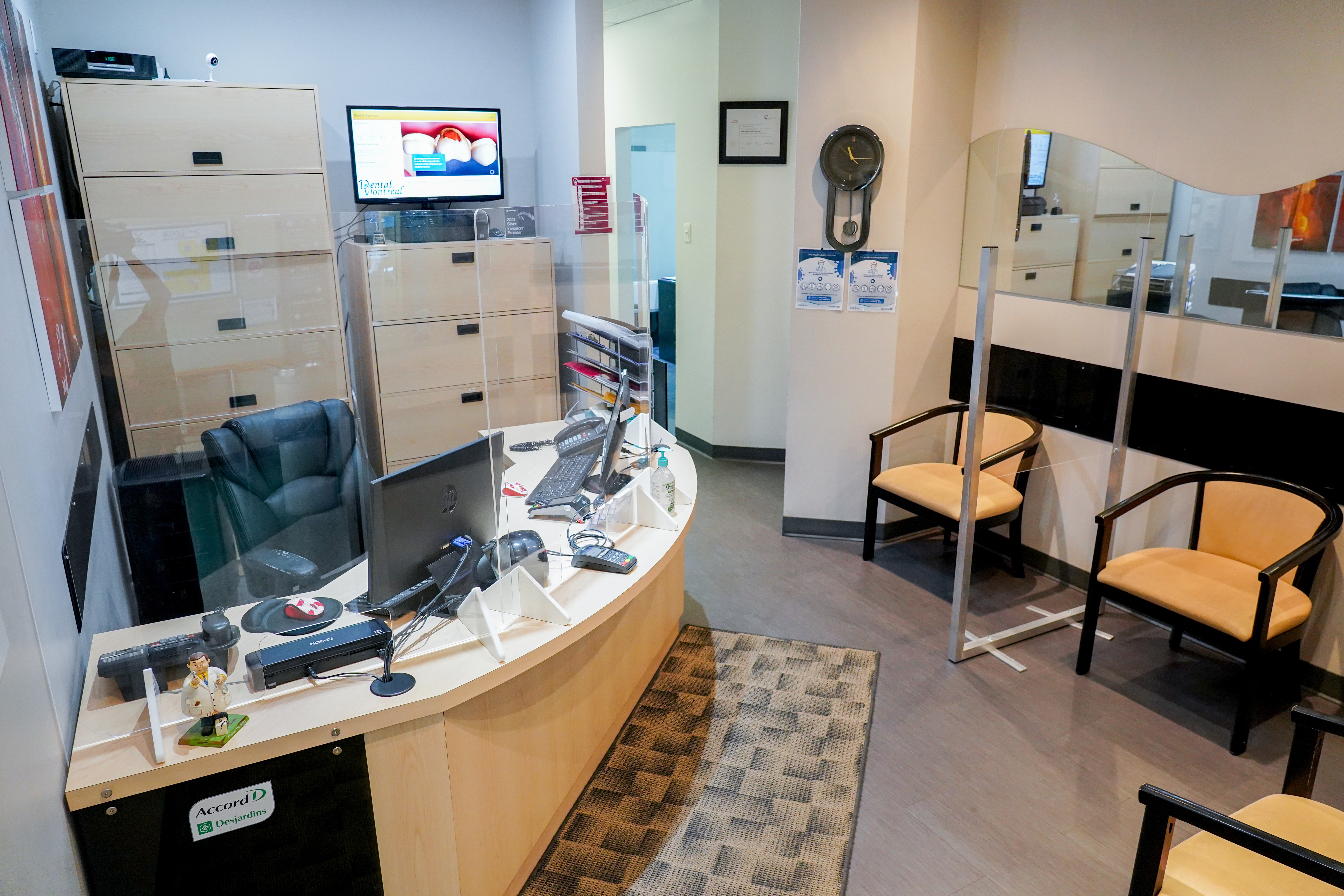 Waiting Room Dental Montreal Pointe Claire